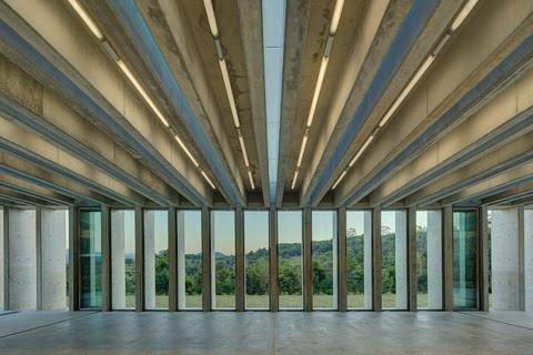 Lune de Sang Sheds: featured article Architecture AU